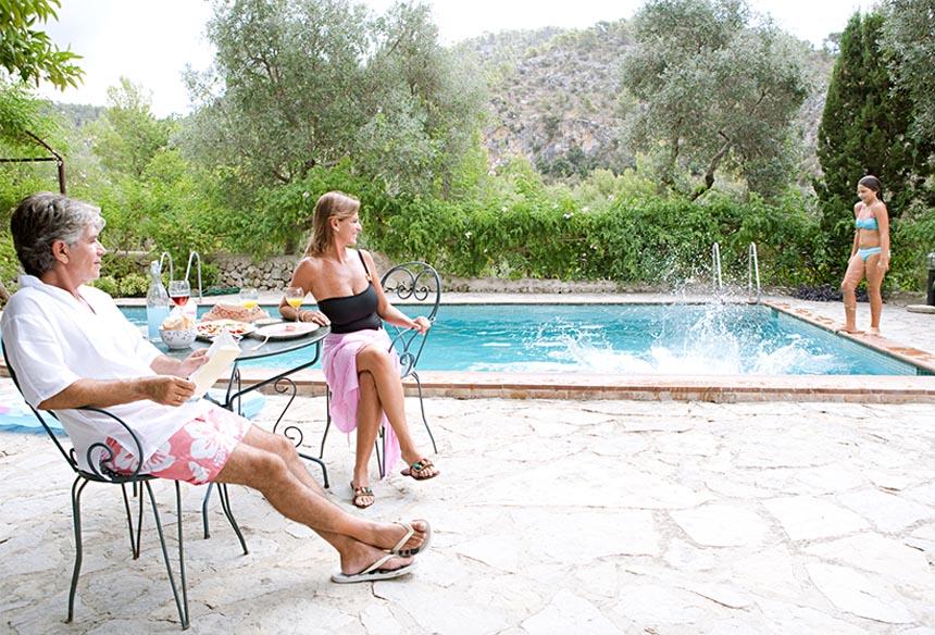 Pourquoi réserver une villa en Crète avec nous? Villas avec piscine privé en Crète.